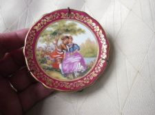 VINTAGE MINI GILDED DISPLAY PLATE LIMOGES FRAGONARD ROMANTIC HANDPAINTED & STAND